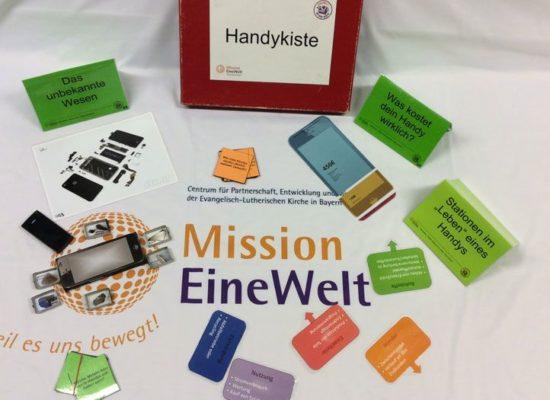"""Themenkiste """"Rund ums Handy"""", Mission EineWelt"""