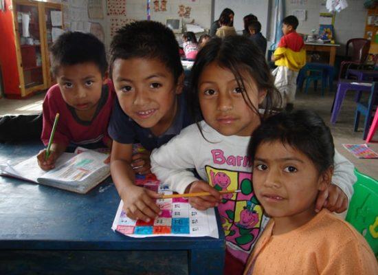 Escuela de la Calle (Straßenschule Grundschulprojekt im Armenviertel Las Rosas, außerhalb der Großstadt Quetzaltenango, auch Xela genannt), Elote e.V.