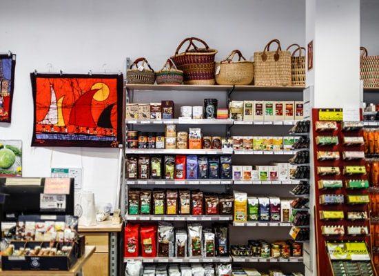Lebensmittelregal Weltladen Ingolstadt