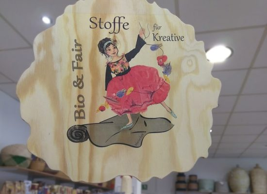 Stoffe bio und fair, exklusiv designed von Claudia Stöckl